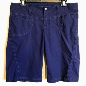 Athleta Bermuda Dipper Navy Blue Shorts 10